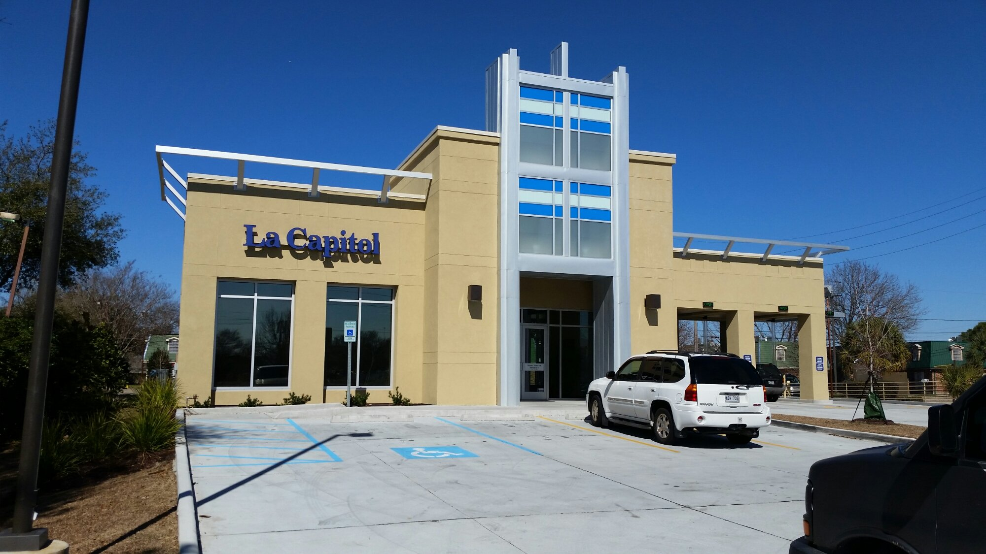 LA Capital Bank- Metairie La.
